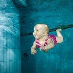 水中の赤ちゃん