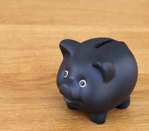 黒い豚の貯金箱